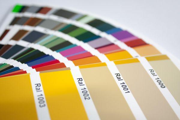 repaBAD Sonderfarben RAL oder NCS für Wandverkleidung zu Dusche auf Wanne